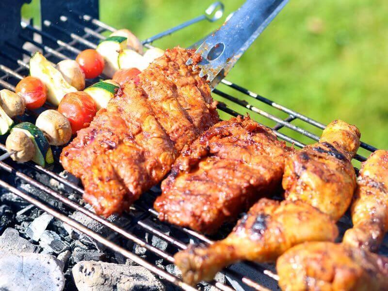 中秋月圓人團圓 烤肉吃多傷腸胃