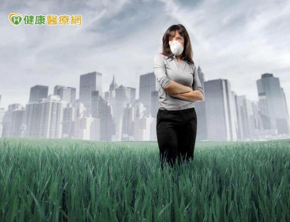 為何喉嚨總是會卡痰? 原因竟然是…