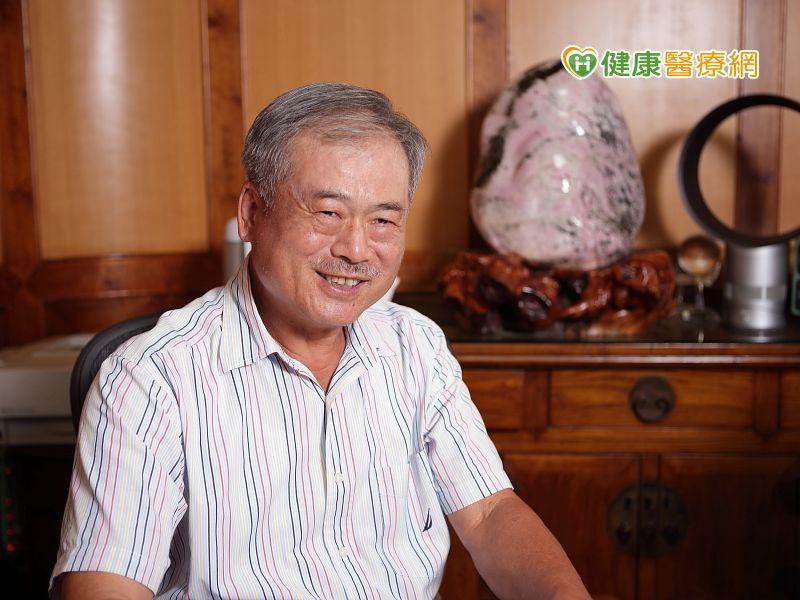 80歲的李深浦醫師,仍然骨質強健